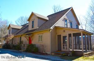 165 Maple Ave Ave, Great Barrington, MA 01230