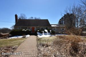 89 Tanner, Pittsfield, MA 01201
