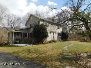 992 Green River Rd, Williamstown, MA 01267