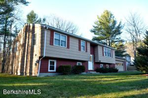 71 Birchwood, North Adams, MA 01247