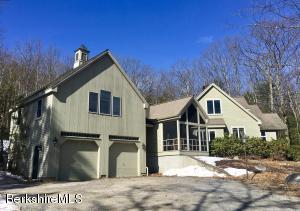 13 Mountain Rd, Great Barrington, MA 01230