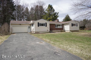 126 Mountain Dr, Pittsfield, MA 01201