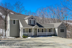 9431 Mountainside, Hancock, MA 01237