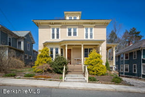 23 Pleasant St, Great Barrington, MA 01230