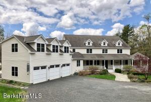 11 Londonderry, Great Barrington, MA 01230