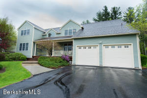 46 Meadow Ridge, Pittsfield, MA 01201