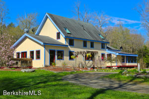 53 Maple Hill, West Stockbridge, MA 01266