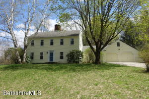 206 Bee Hill Rd, Williamstown, MA 01267