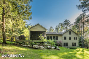 7 Kalliste Hill Rd, Great Barrington, MA 01230
