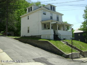 52 Veazie, North Adams, MA 01247