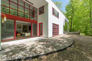 14 Oxbow, Egremont, MA 01230