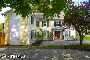 12 Main, Stockbridge, MA 01262