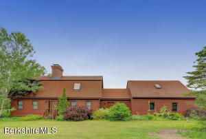 1375 Wells, Cheshire, MA 01225