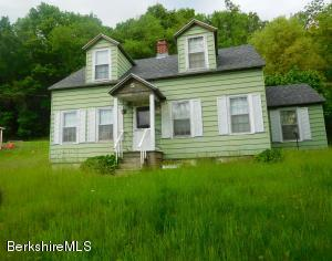 526 Hoosac Rd, Williamstown, MA 01267