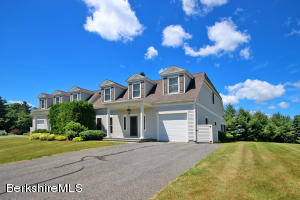 6 October Hill Dr Dr, Lenox, MA 01240