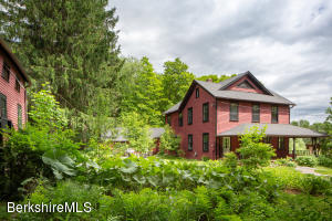 46 East, Mt Washington, MA 01258