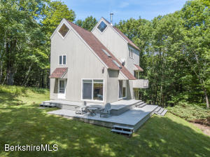 12 Lunde, Hillsdale, NY 12529