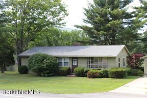 429 Hancock Rd, Williamstown, MA 01267