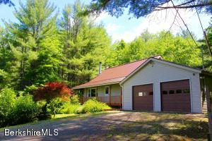428 Presbyterian Hill Rd, Stephentown, NY 12168