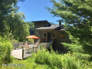 14 Roaring Brook, Williamstown, MA 01267