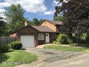 138 Berkshire Dr, Williamstown, MA 01267