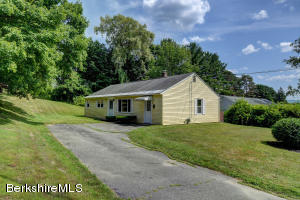 4 Beaumont, Pittsfield, MA 01201
