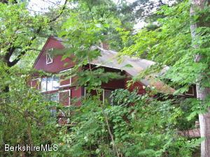 20 Maple View, West Stockbridge, MA 01266