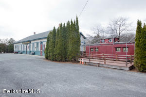 109 Railroad, Lee, MA 01238