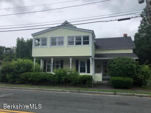 17 Phelps Ave, North Adams, MA 01247