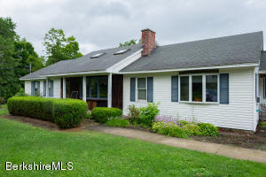 20 Seekonk, Great Barrington, MA 01230