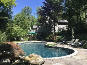 85 Pixley Hill Rd, West Stockbridge, MA 01266