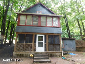 31 Bellevue, Adams, MA 01220