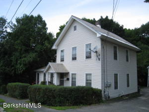 17 Beacon St North Adams MA 01247