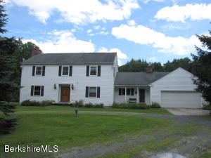 888 Hancock Rd, Williamstown, MA 01267