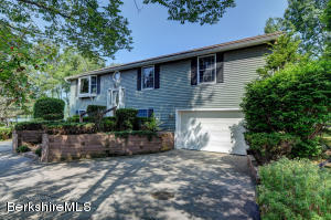 2 Thomas Island, Pittsfield, MA 01201