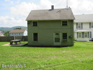 50 Margerie, Lee, MA 01238