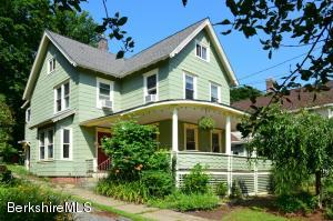 7 Hart St, Great Barrington, MA 01236