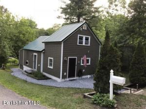 176 Shadowland Cove, Cheshire, MA 01225