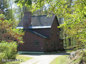 636 McNerney Rd, Becket, MA 01223
