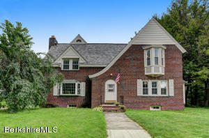 17 Marion, North Adams, MA 01247