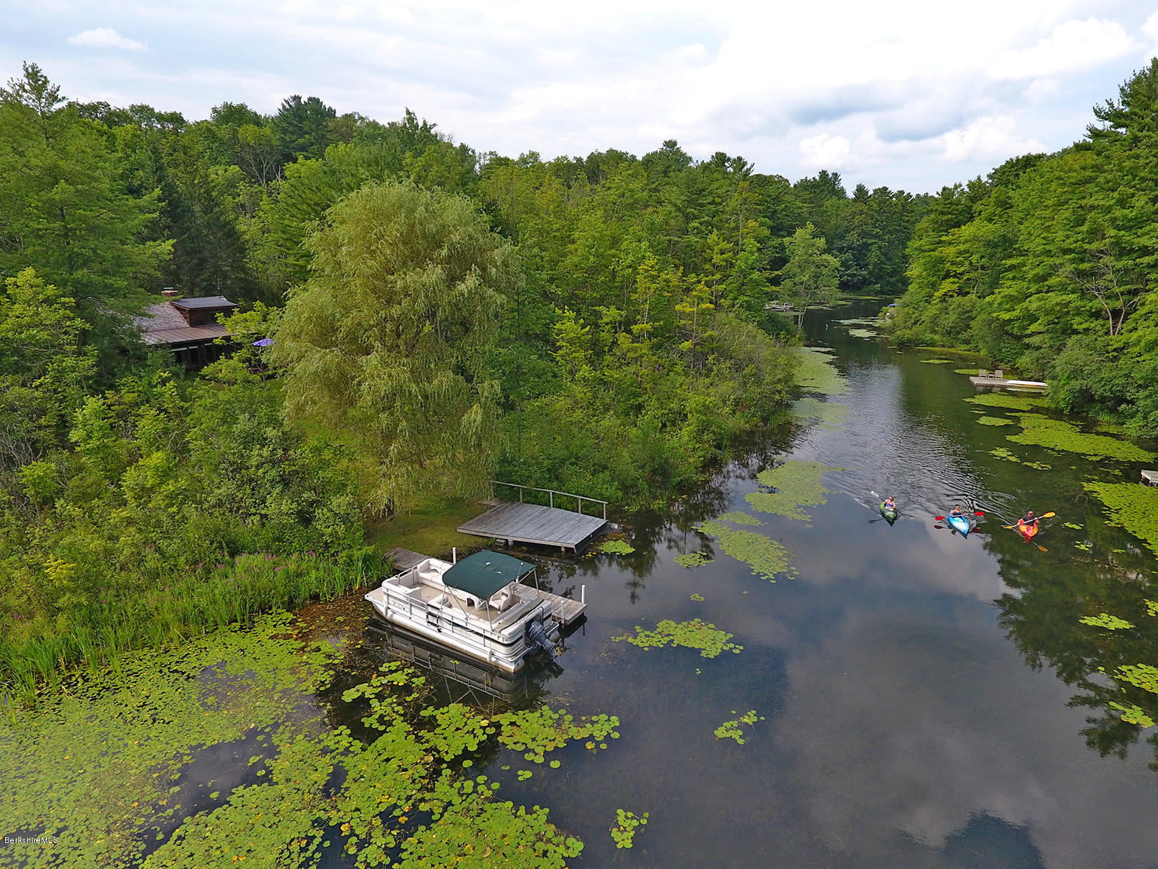 28 Lake Dr Stockbridge MA 01262
