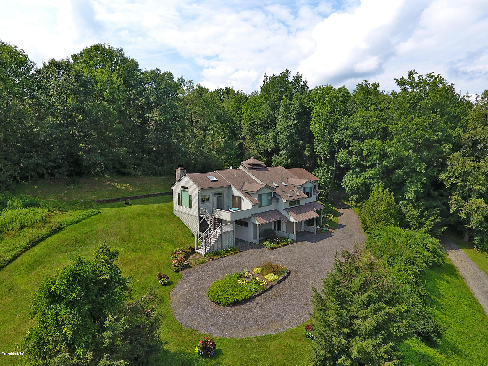 West Stockbridge Ma >> 5 Woodruff Rd West Stockbridge 01266 Berkshire Property Agents