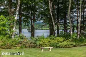 55 Golden Hill, Lee, MA 01238
