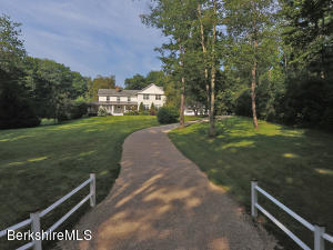 1630 Dublin, Richmond, MA 01254