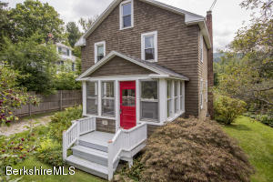 78 Main St, Stockbridge, MA 01262