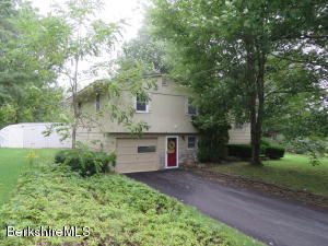 525 Stafford Hill, Cheshire, MA 01225