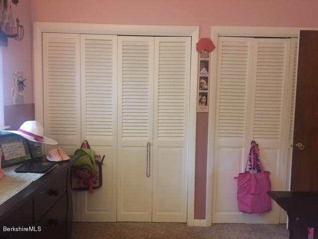 lots of closets and storage