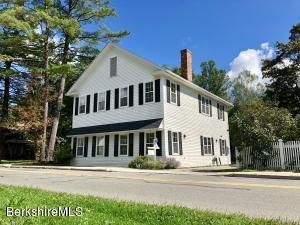 8 Pine St, Stockbridge, MA 01262