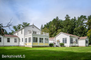 2 Fox Hollow Rd Lenox MA 01240