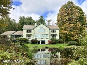 49 Maple Hill Rd, West Stockbridge, MA 01266